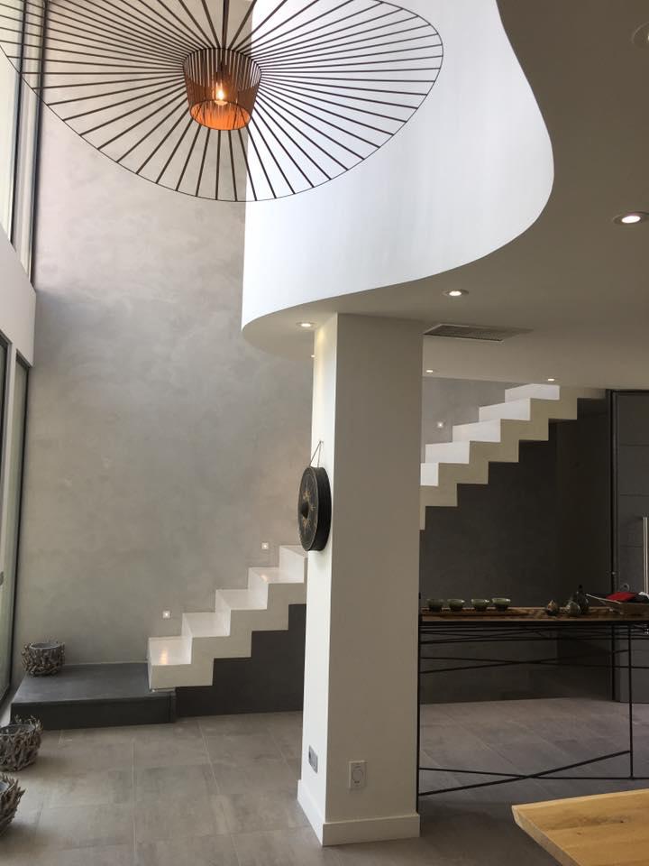 escalier en béton ciré