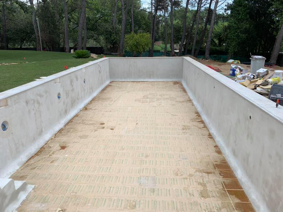 piscine en béton fibré Aquacirex
